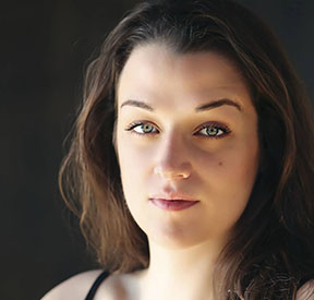 Anna Pieri - Janet Horne