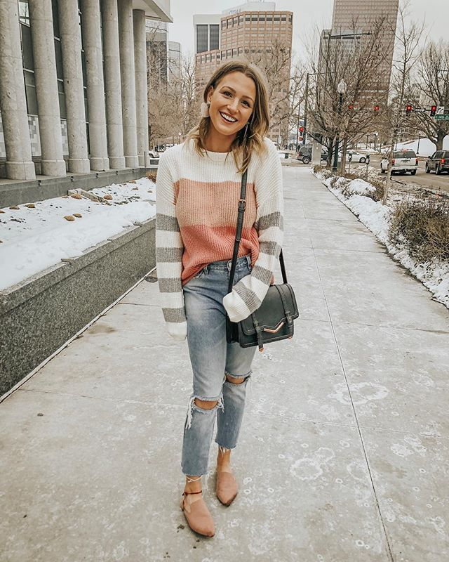 ❤️ happy valentine's day! ❤️ feelin' the love in the softest striped sweater + sweetest little heart-shaped earrings! 💕 http://liketk.it/2zVbl #liketkit @liketoknow.it