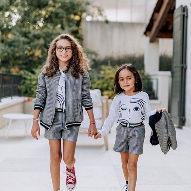 Tiny but mighty😉 RG: @CatiminiUSA . . . #Sisters #RainingCatsandDogs #CatiminiMe #Catimini #catiminikids #mycatimini #girlsfashion #kidsfashion #minifashionista