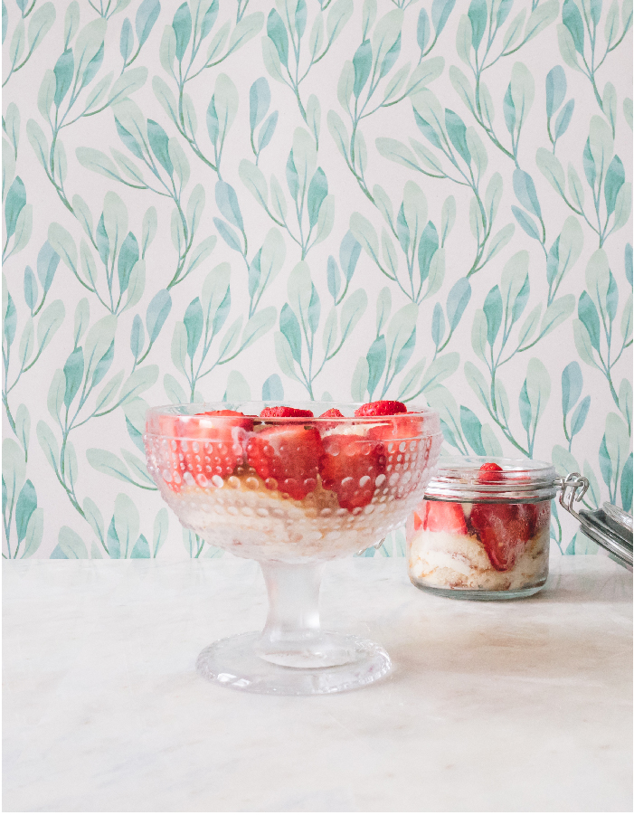 A really quick and easy Strawberry Trifle for a Tennis Party
