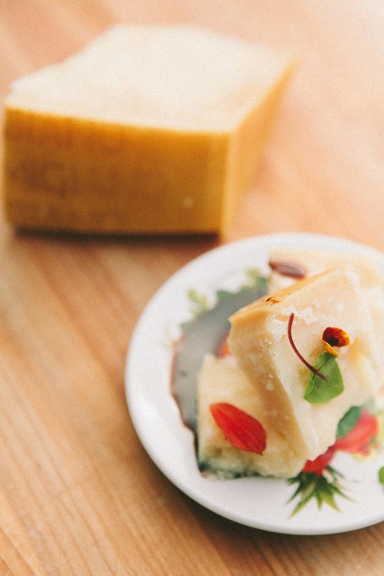 Parmigiano Reggiano 24 months & Aceto Balsamico