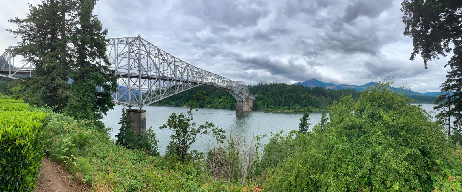 Bridge of the Gods on Columbia River