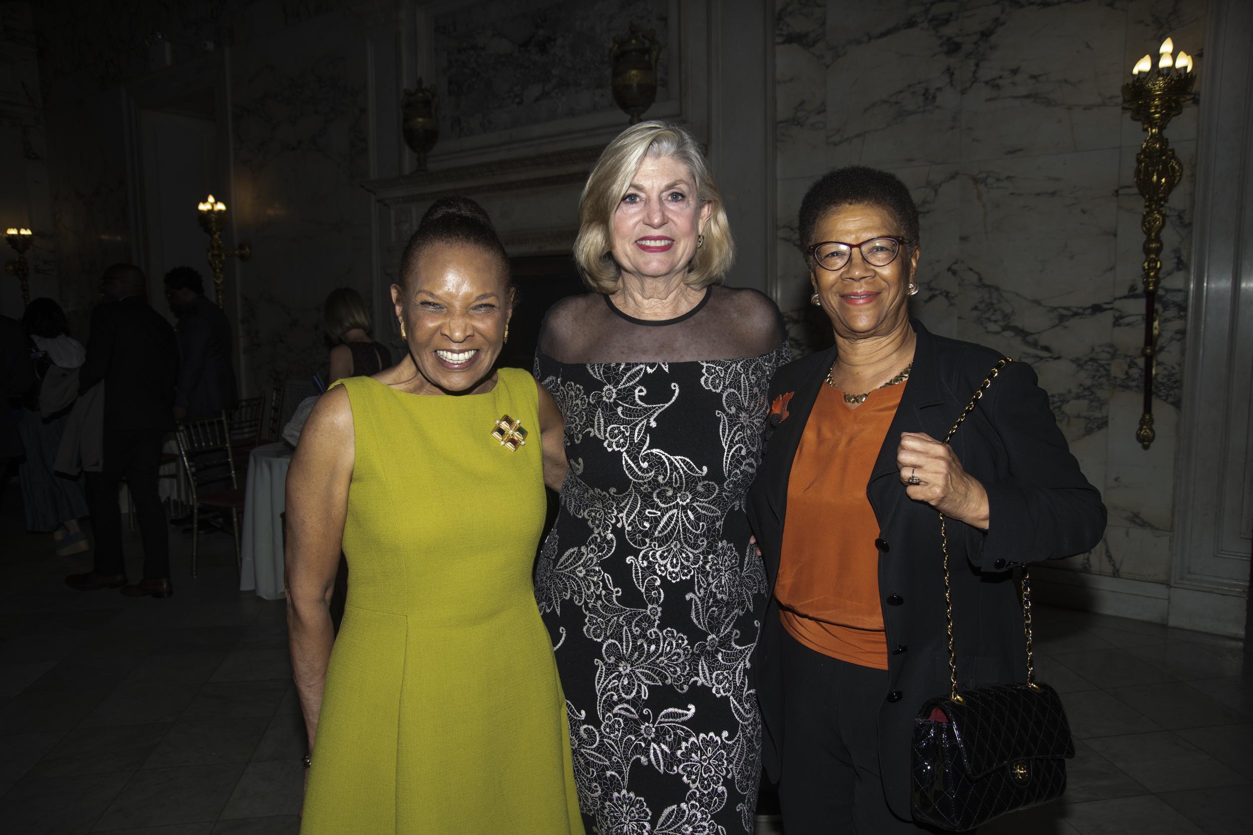 Judy, Pat, Thelma.jpg