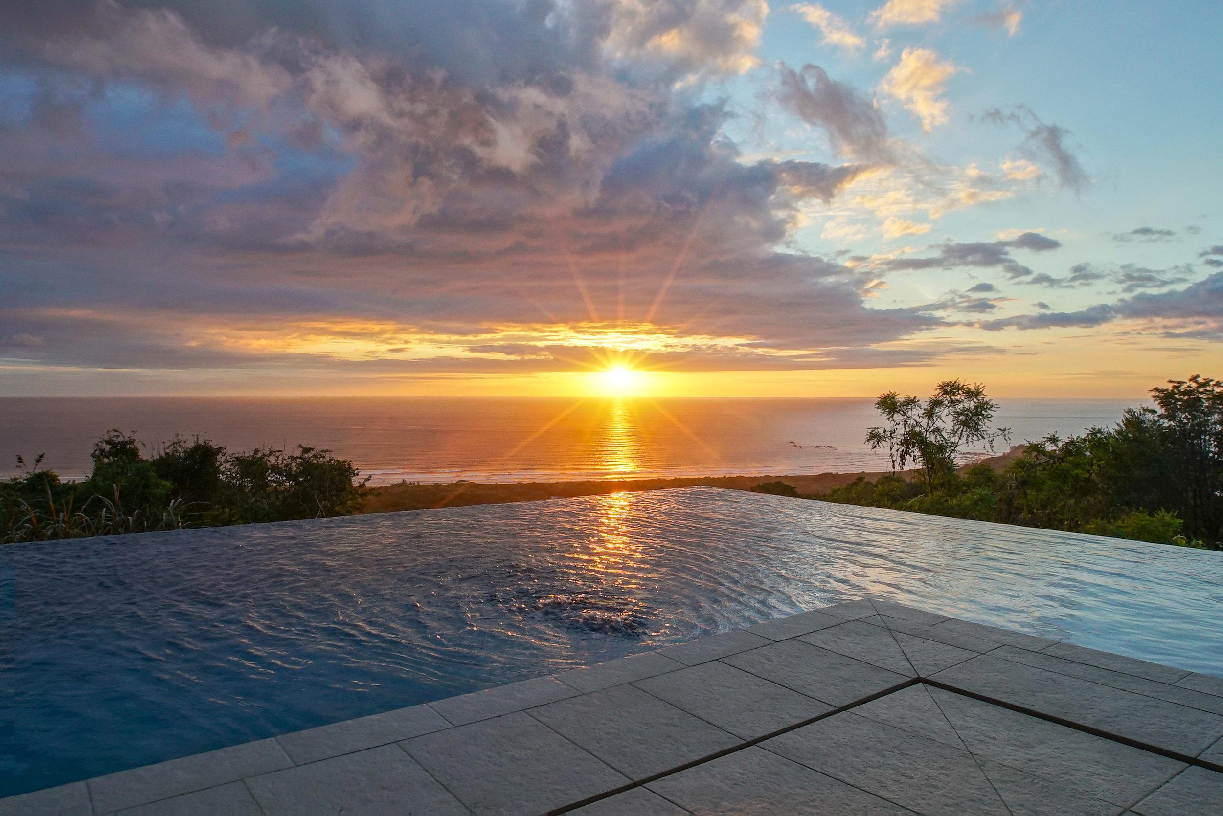 Villa Sunset.jpg