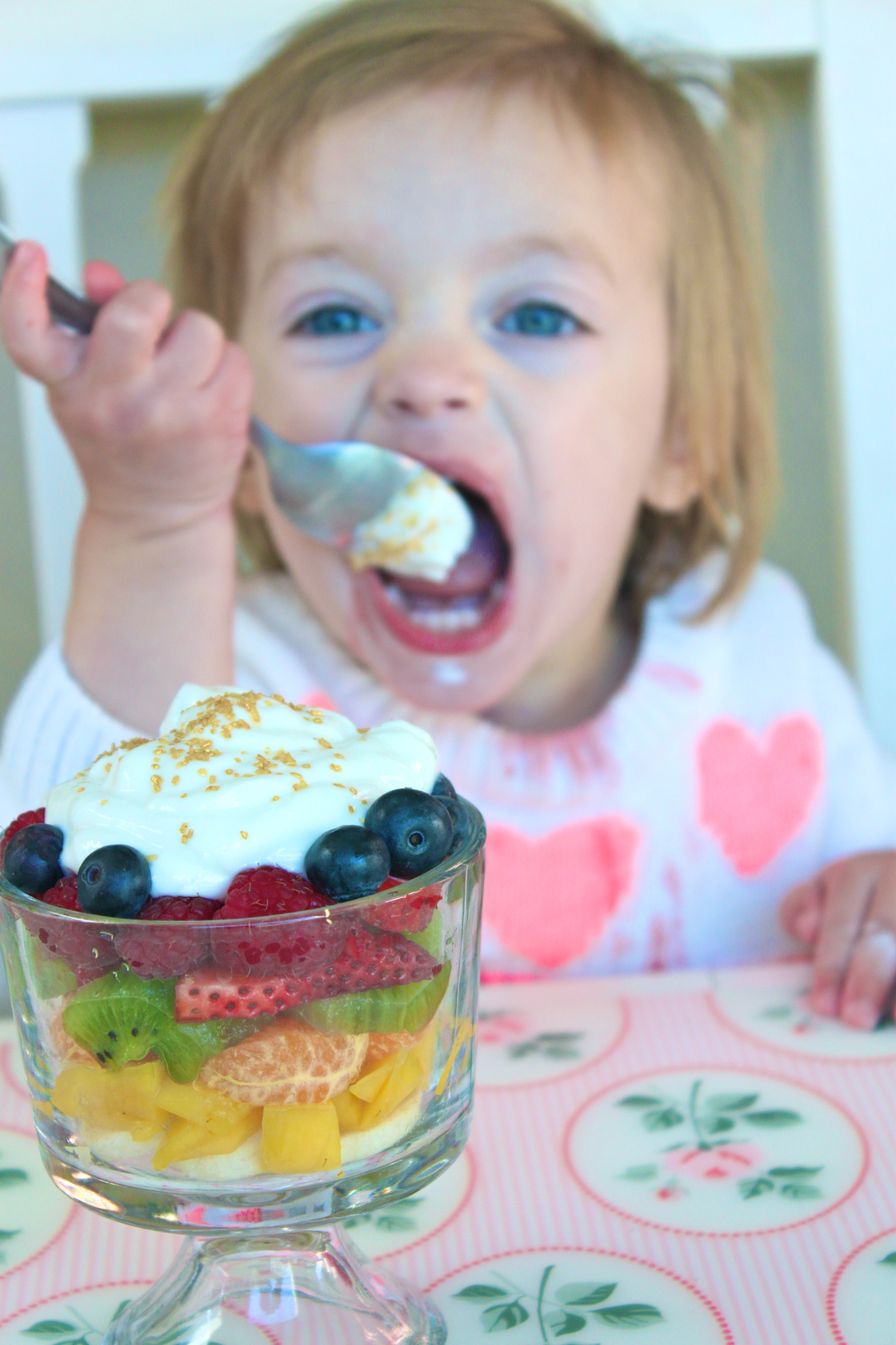 Taste The Rainbow Fruit Parfait! - A Healthy and Colorful Treat via http://thediva-dish.com