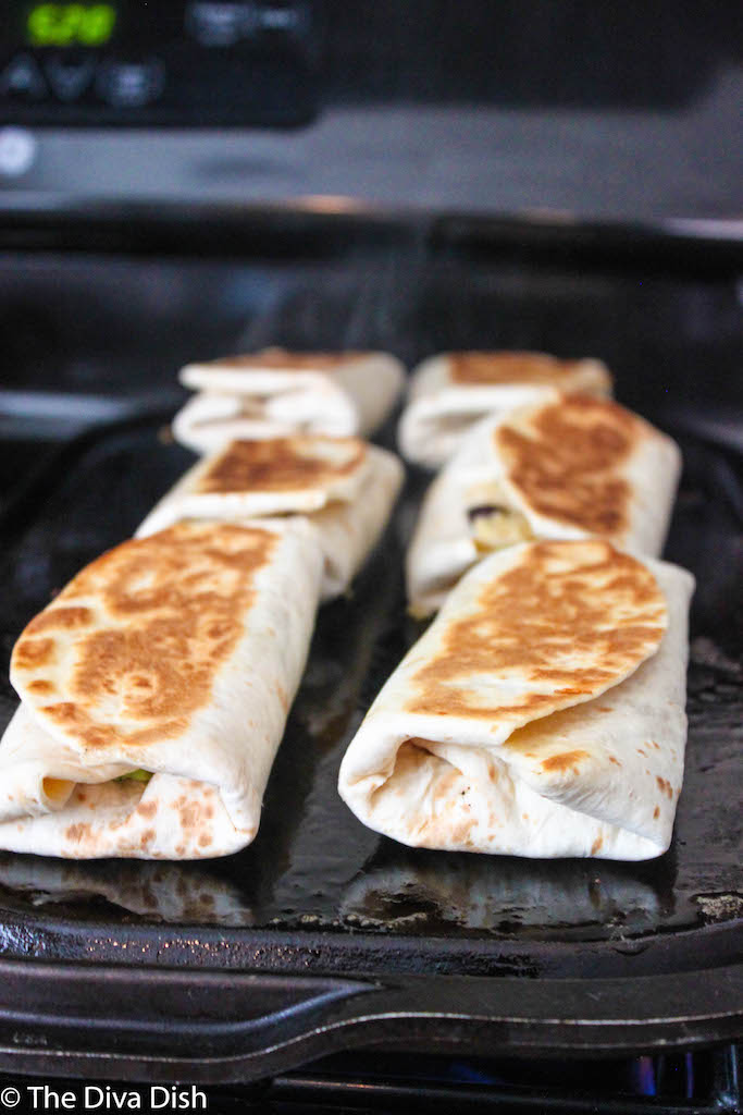 Guacamole Black Bean Burritos via The Diva Dish