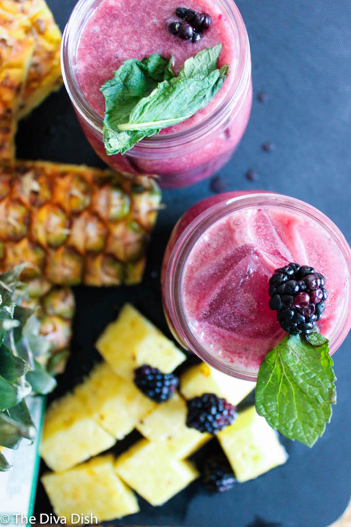 Pineapple Coconut Berry Juice from The Diva Dish