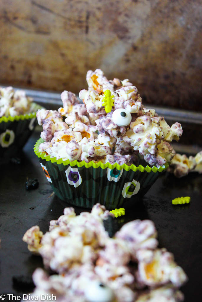 (Healthier) Blueberry White Chocolate Popcorn via The Diva Dish