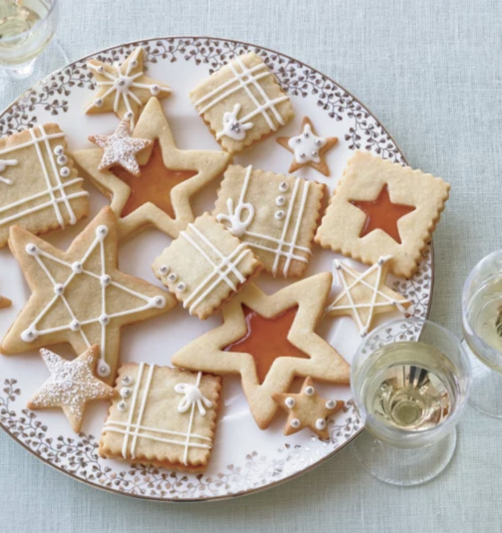 FOOD & WINE MAGAZINE  12 Tips for Hosting Holiday Guests Like a Pro, December 2018