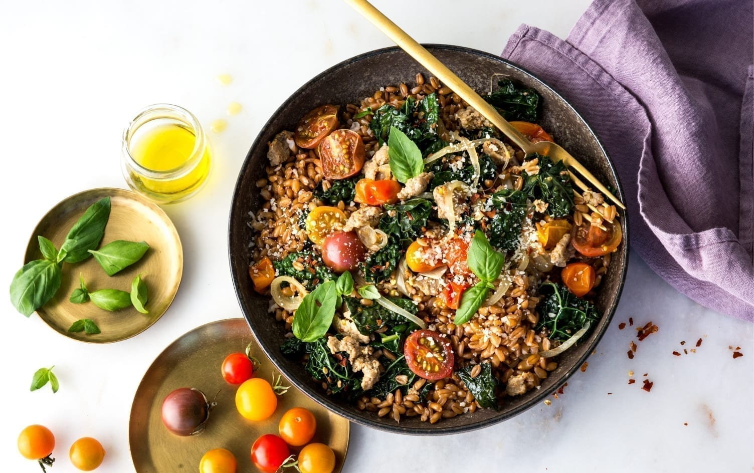 ONE-POT FARRO WITH SAUSAGE, KALE AND CHERRY TOMATOES  Under Armour x My Fitness Pal