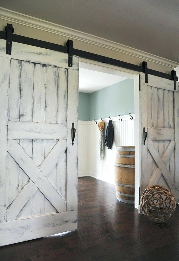 Shiplap barn door by coino.info