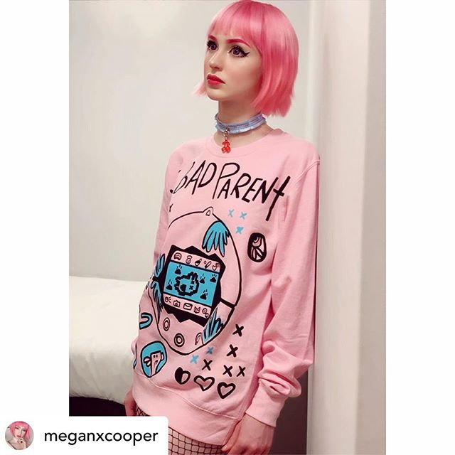 Last day at @mcmcomiccon London and it has been a MOMENT🌟🌟🌟 Thank you to everyone who's come and said hello, always love seeing all your beautiful faces!! We've still got VERY limited quantities of the Bad Parent sweats left.. love the way @meganxcooper has styled hers, she looks 🔥😍 Tag idlemoonofficial for a chance to be featured on our page! 🌙💟
