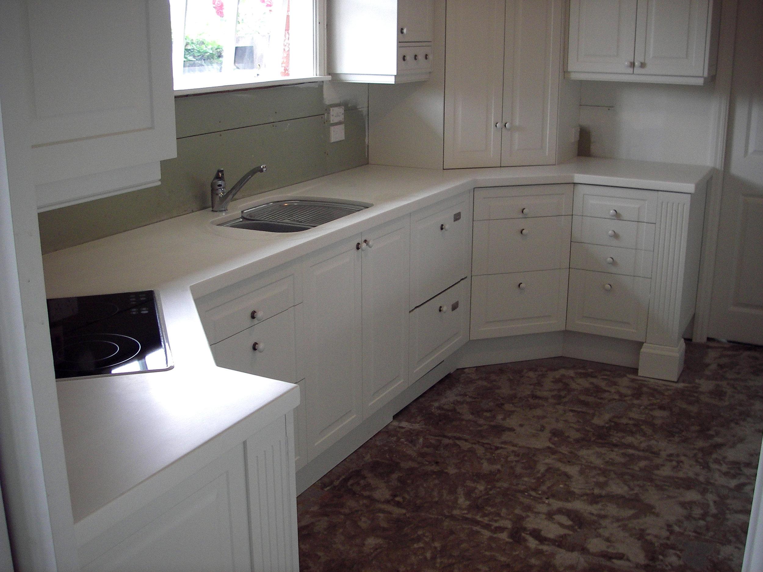 Leonard kitchen 1.jpg