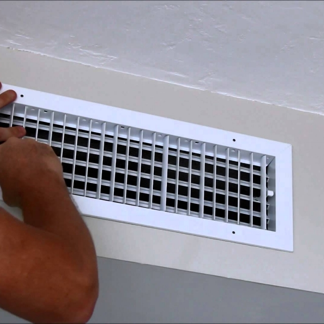 In Arizona, vents near the ceiling are quite common.
