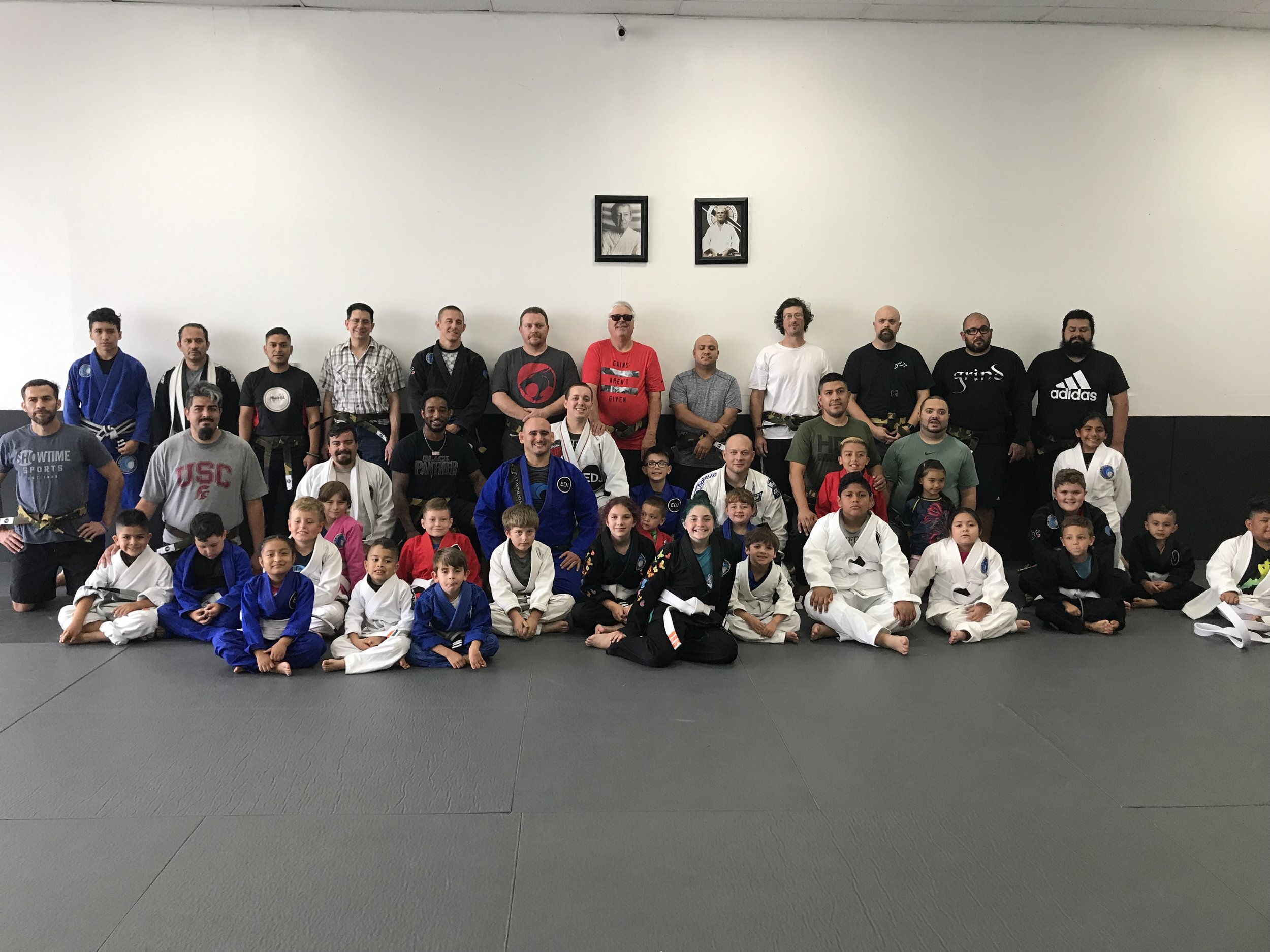 kids and dad training Bjj corona