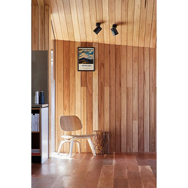 LIMERICK HOUSE • Quiet moments. 🔨 @arc_design_build . 📸 @tatjanaplitt . . . . . . . #architecture #australianarchitecture #country #countryhouse #ruralarchitecture #australianhomes #architect #design #building #style #home #house #timber #wood #interiors #eganstown #daylesford #archdaily #archilovers #photooftheday #architecturephotography #instagood #architecture_hunter #finearchitecture #design_only #architects_need #solomontroup #solomontrouparchitects