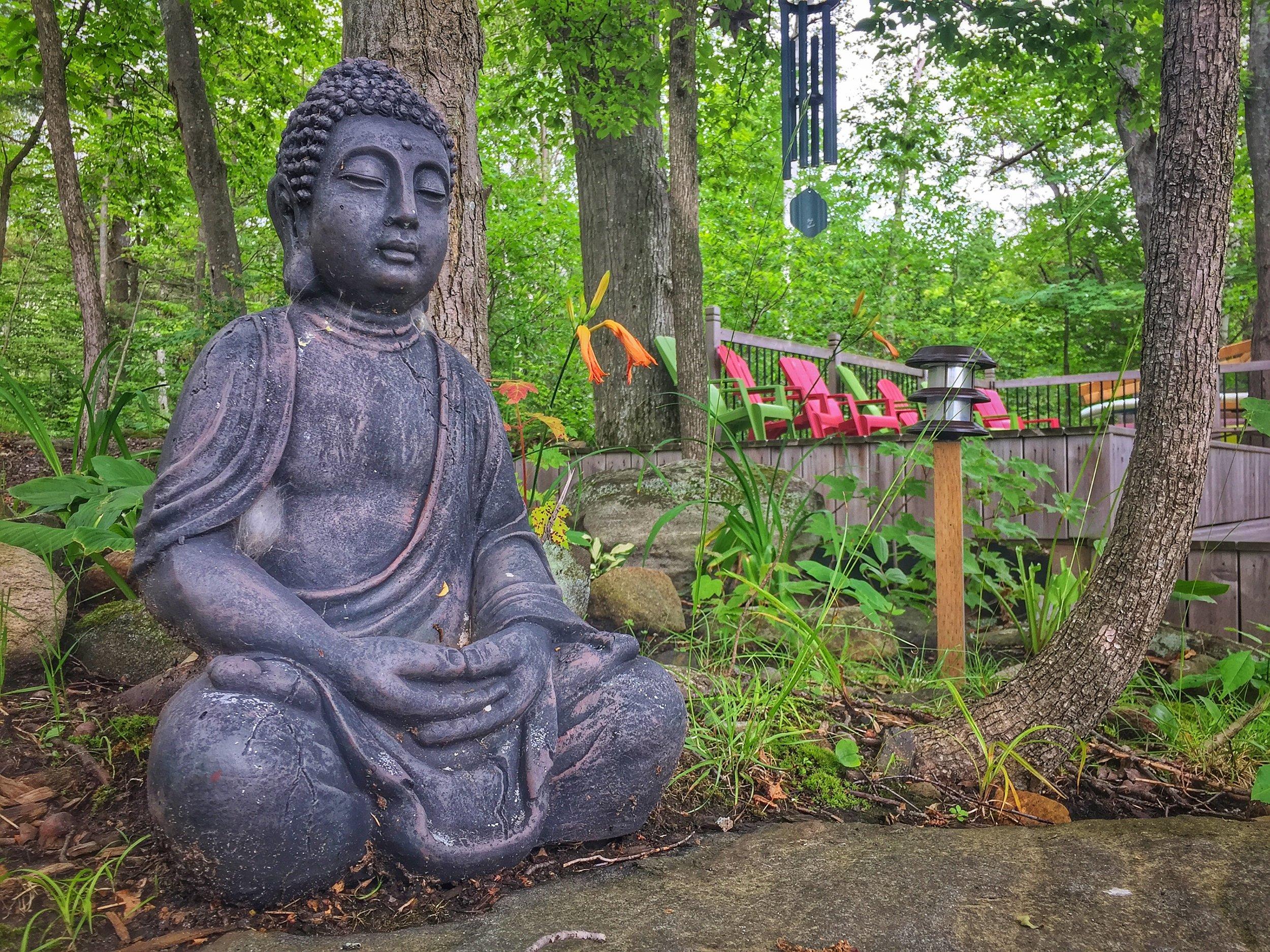 Harmony Outdoor Inn_Buddha_IMG_2270.jpg