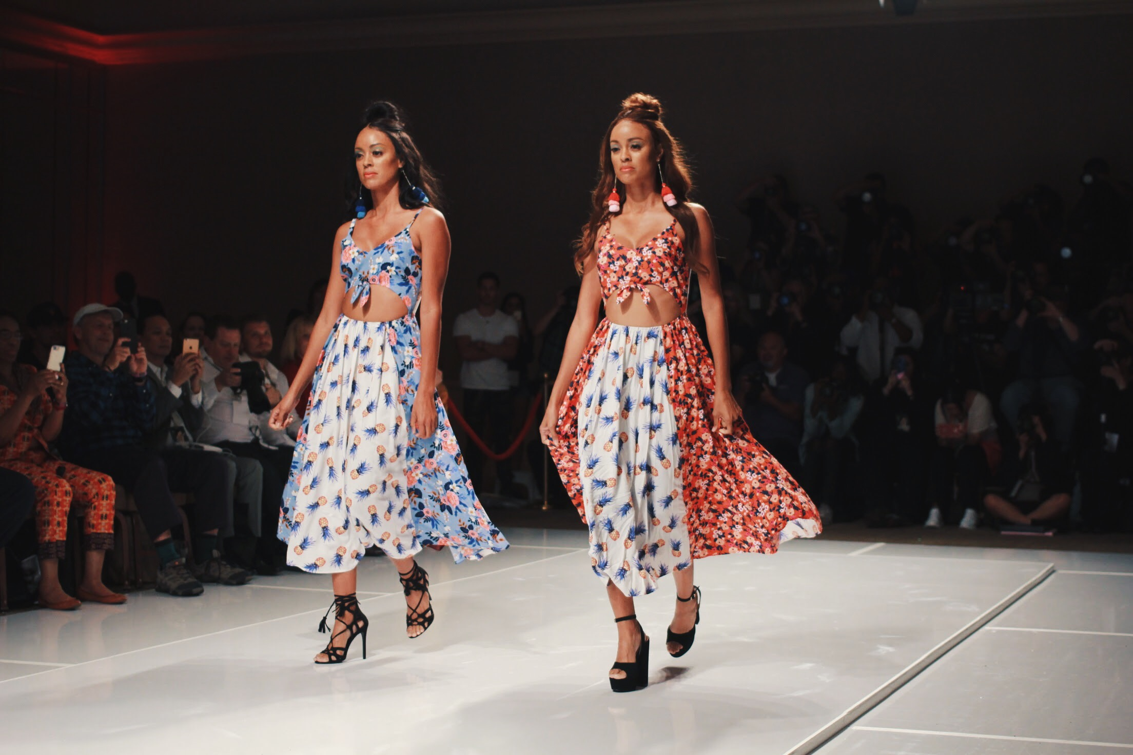 These printed sets made me want to have a twin just so we could be like these two!!