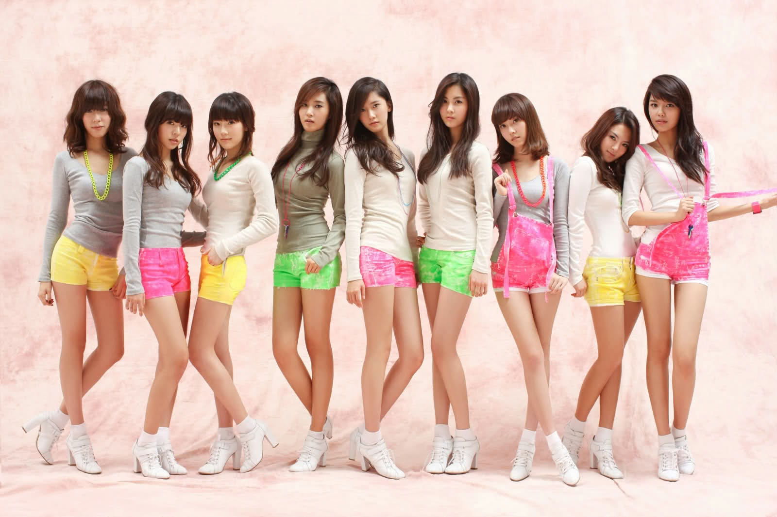 GORGEOUS KOREAN GIRLS - WHICH ONE IS YOUR FAVORITE?