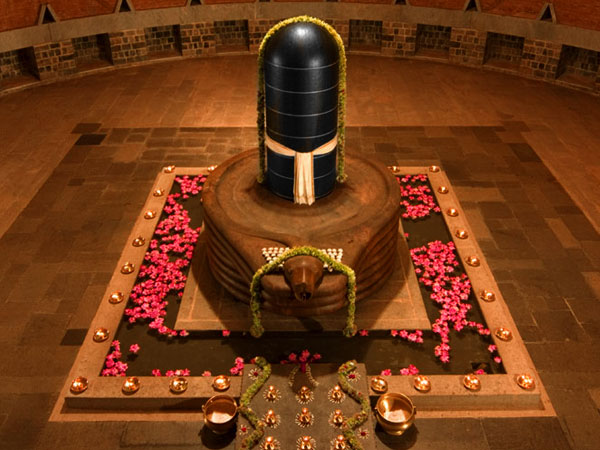 THE LINGAM SHIVA MONUMENT