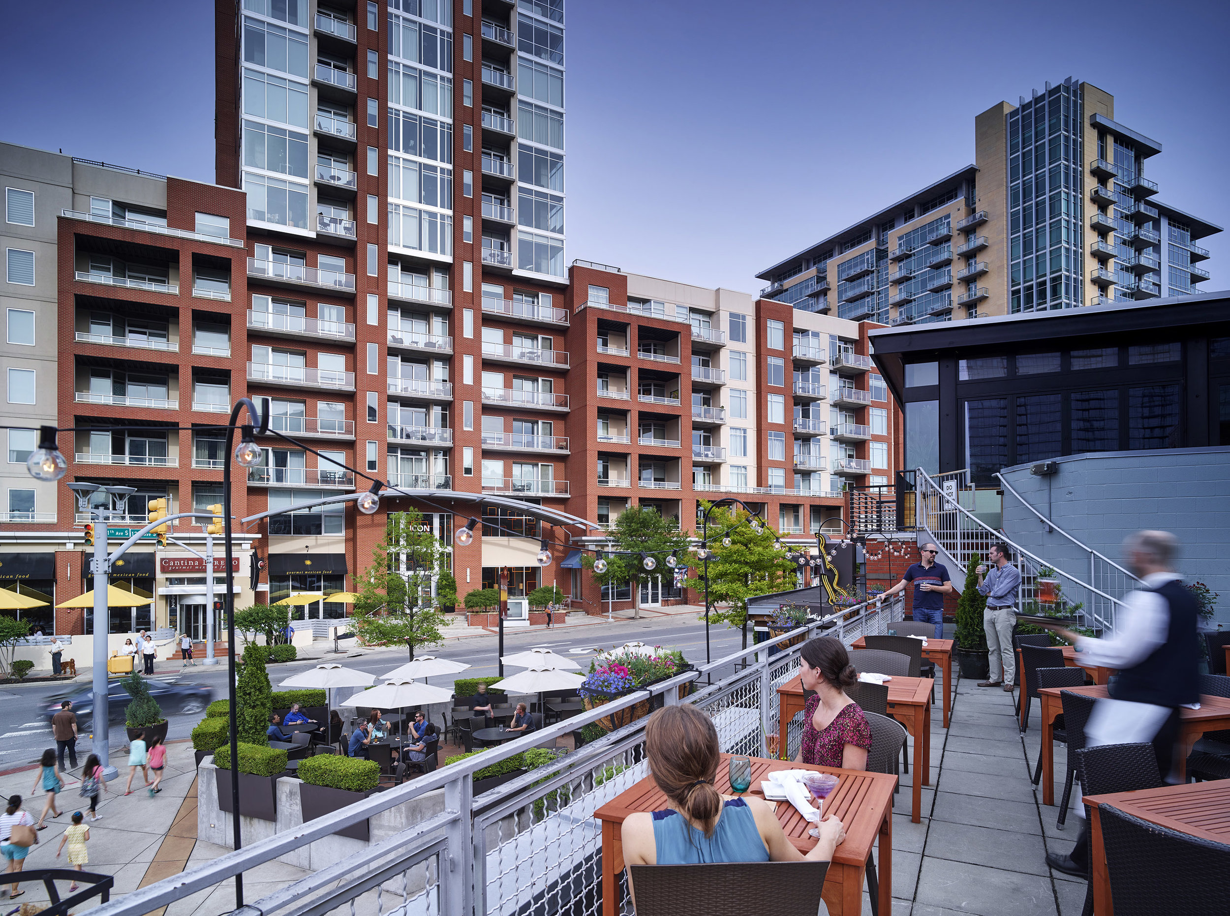 The Gulch - Eats and drinks for any dynamic