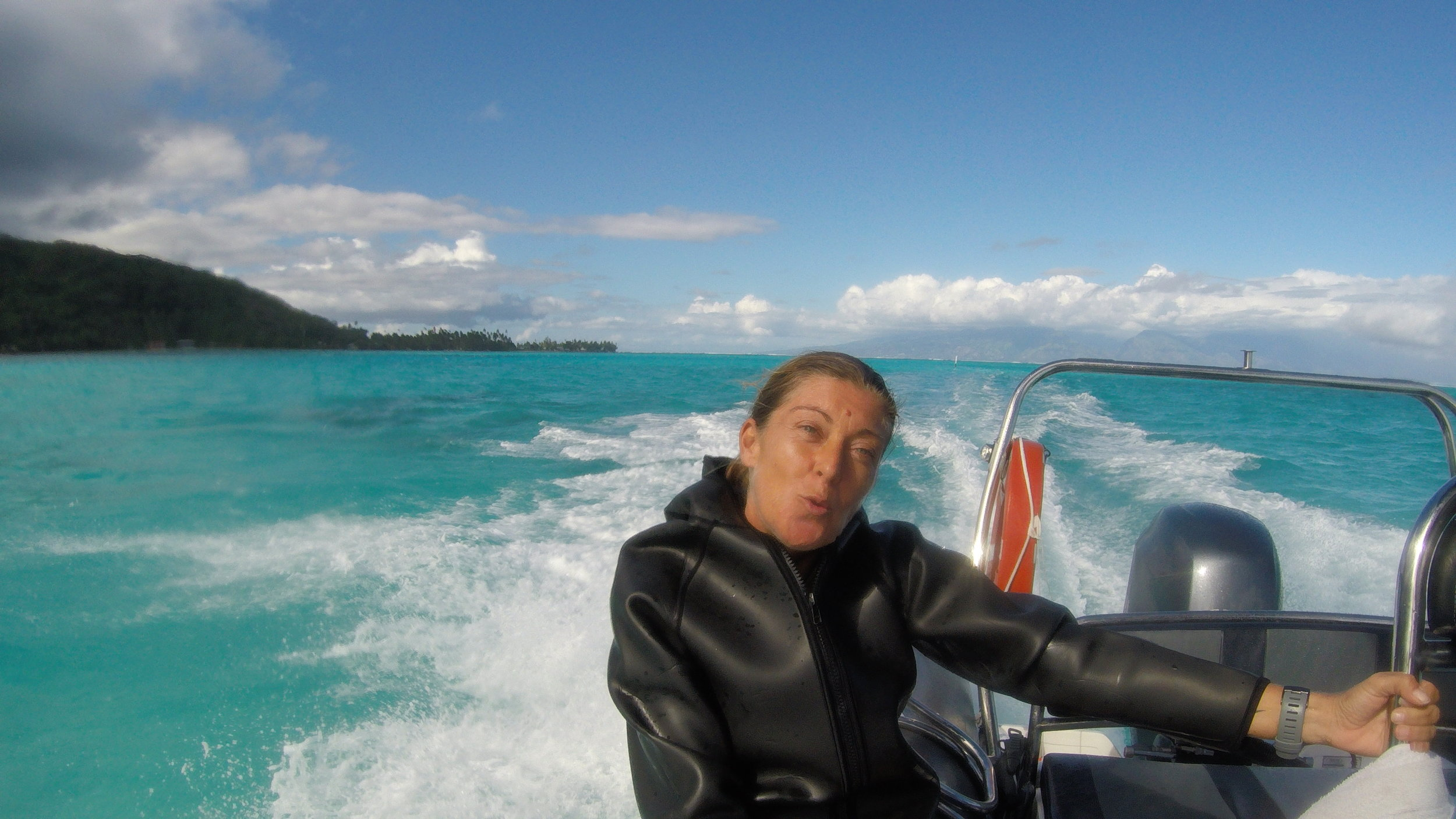 Ariane enjoying cruising the lagoons in Mo'orea!