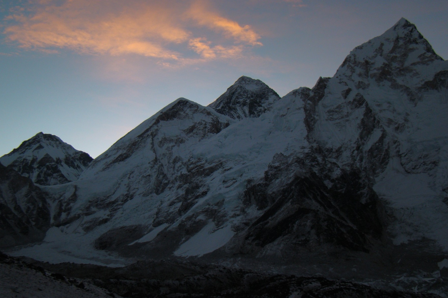 Everest and its brother Lhotse seen from Kala Pathar