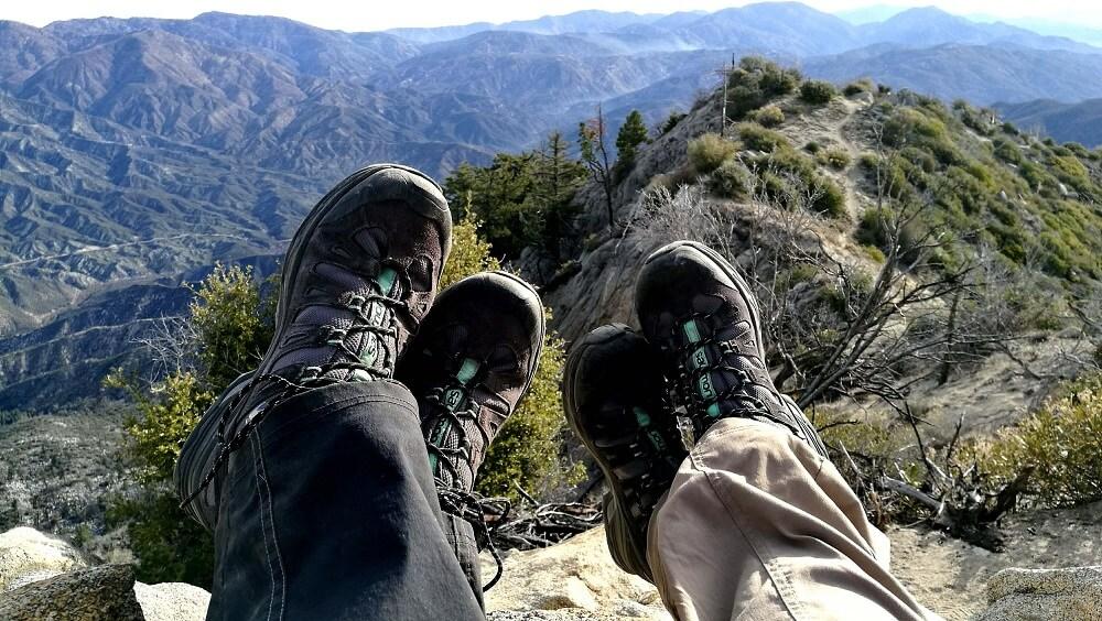 Một đôi giày trek thoải mái là điệu kiện tiên quyết cho chuyến trekking thành công như mong muốn