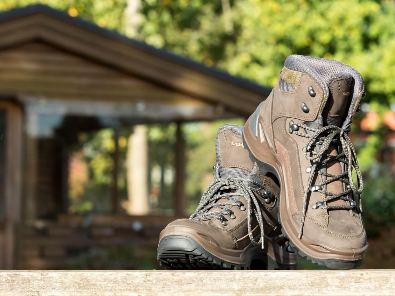 choose-hiking-boot.jpg