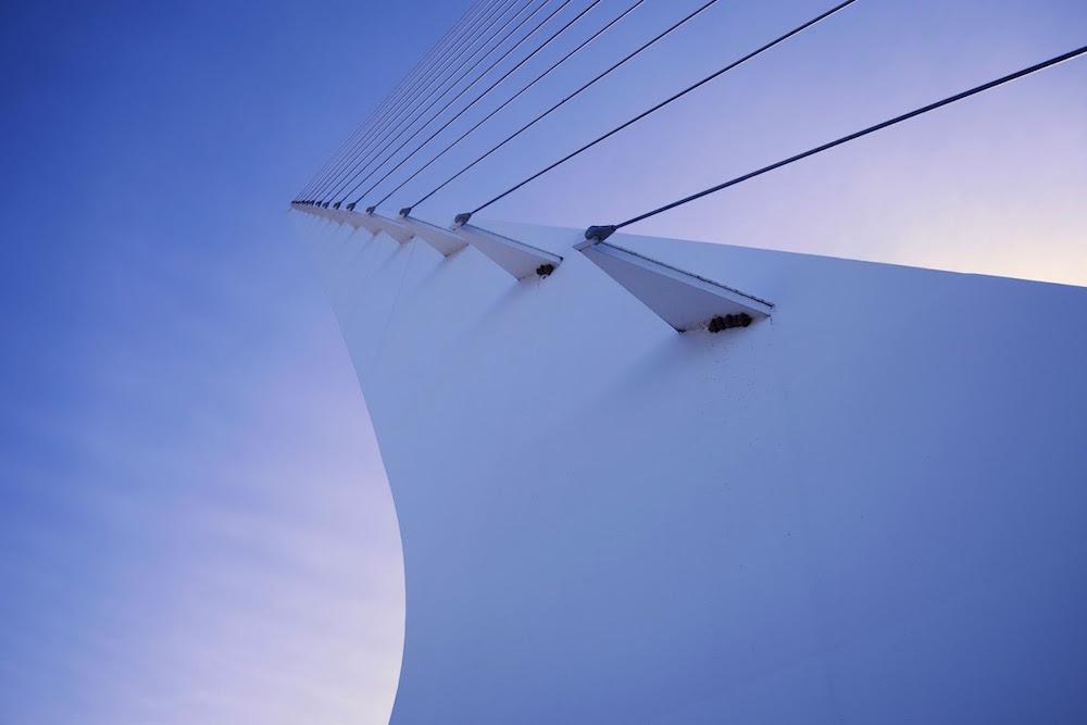 Redding Sundial Bridge.jpg