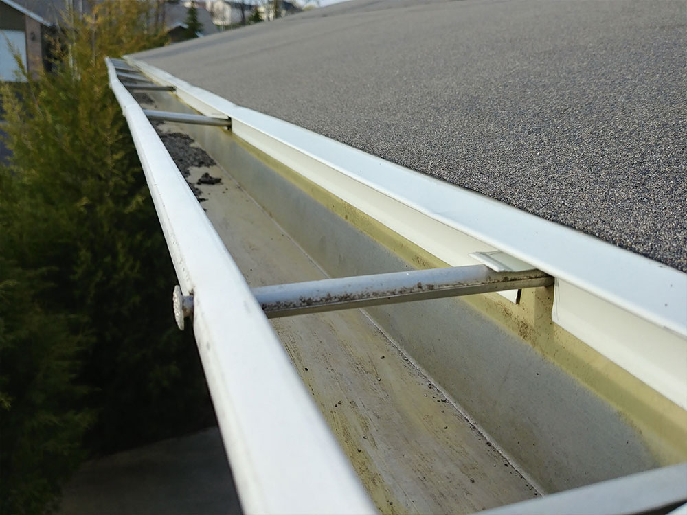 Above: Drip edge applied to the roof.