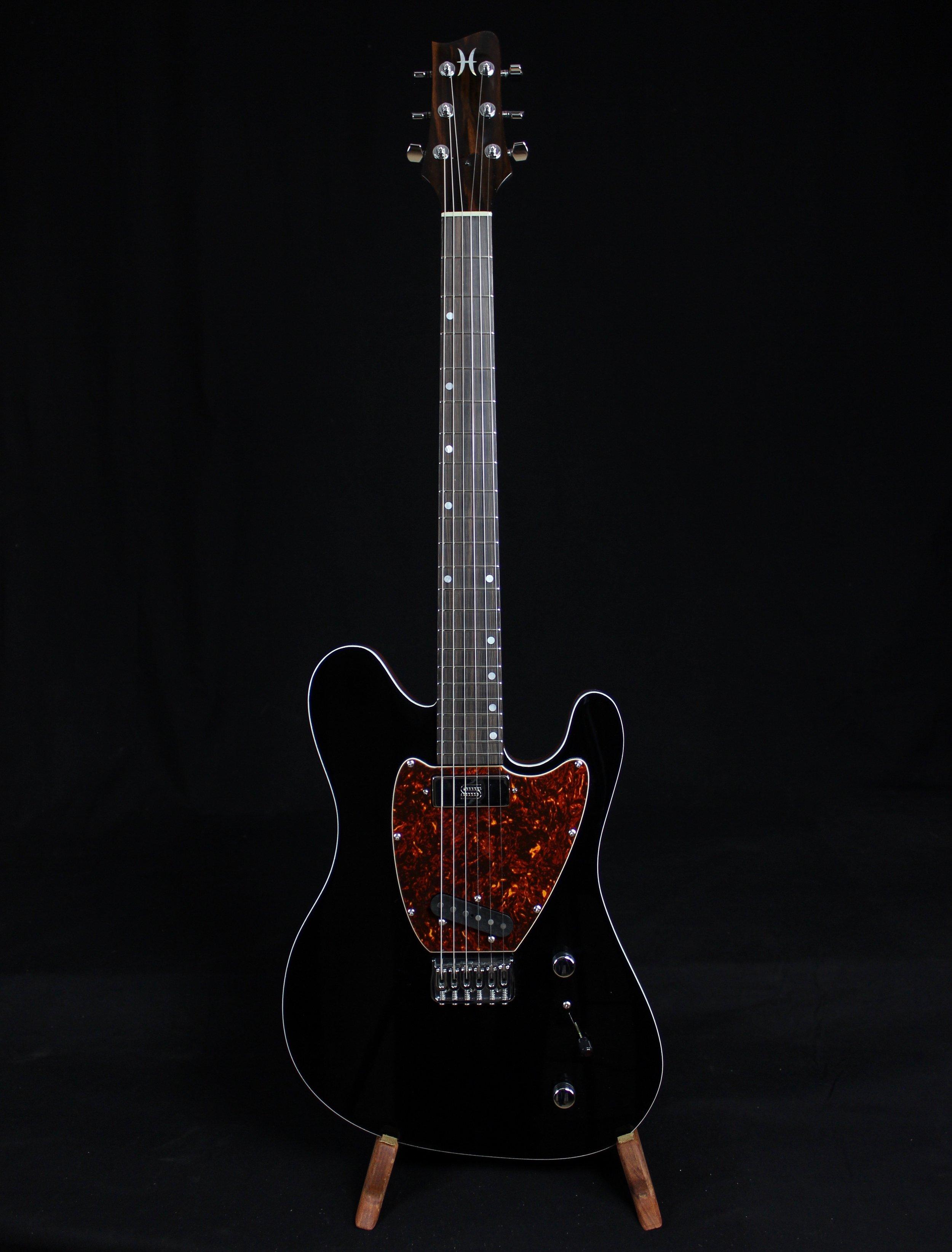 CEM-2 Supreme (Black/Natural)