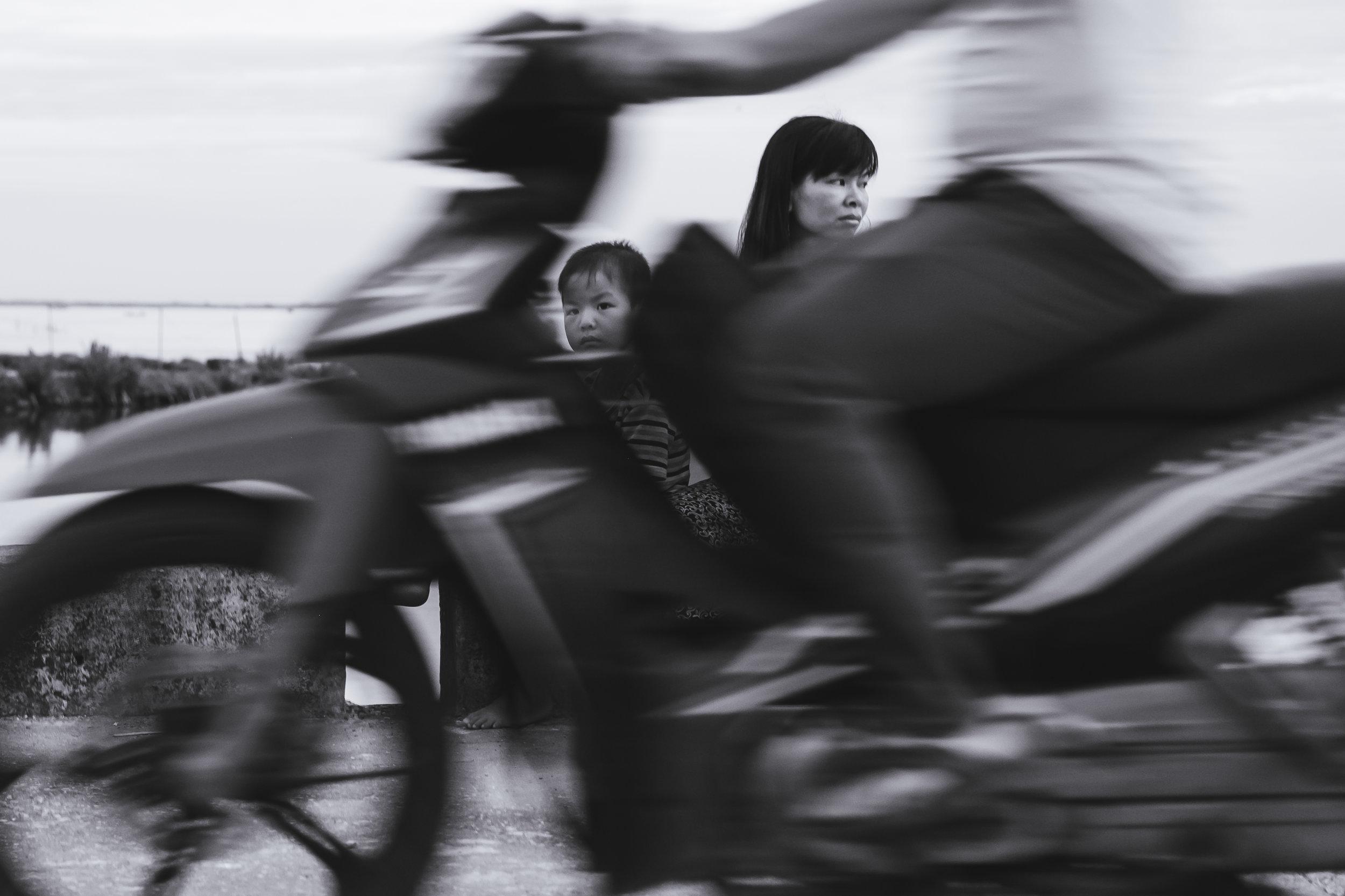 Vietnam-mother-son-glance