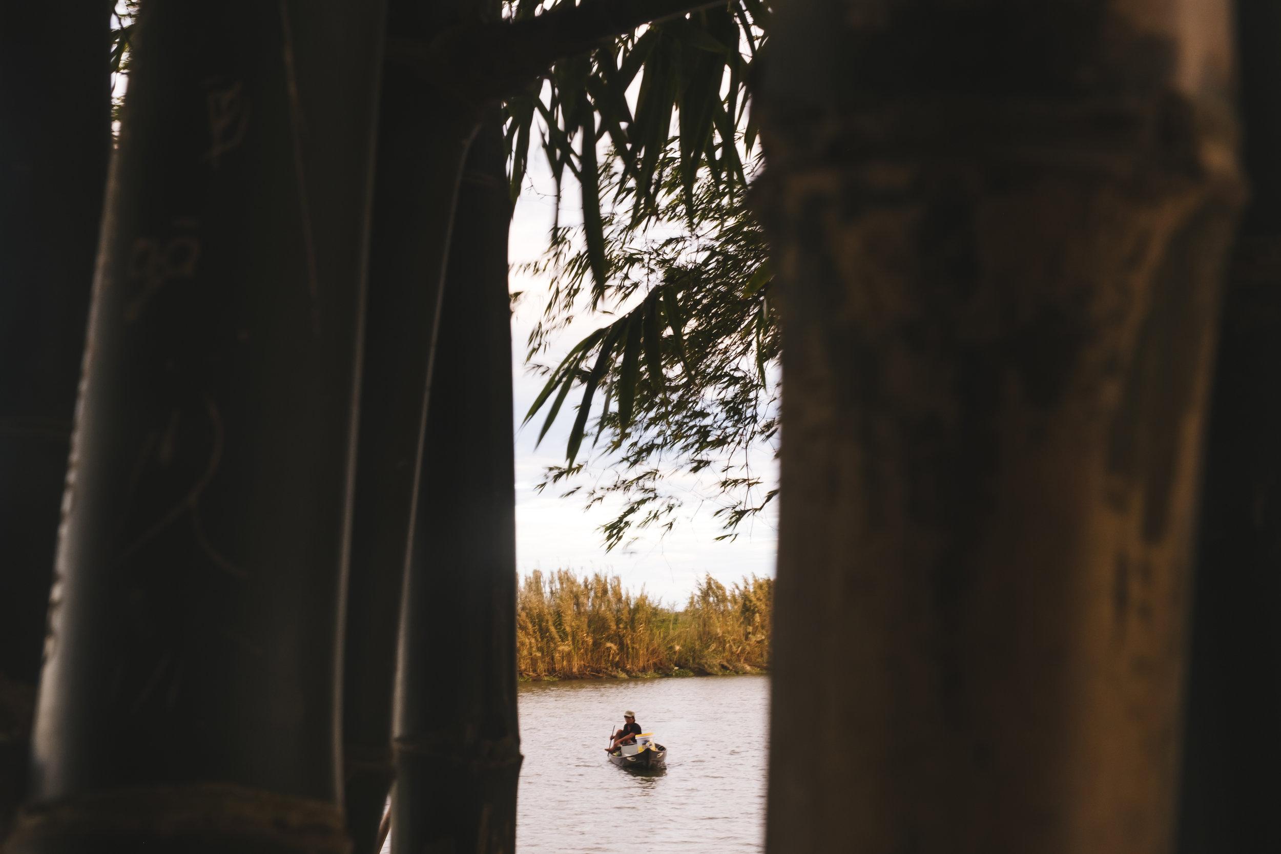 vietnam-canoe