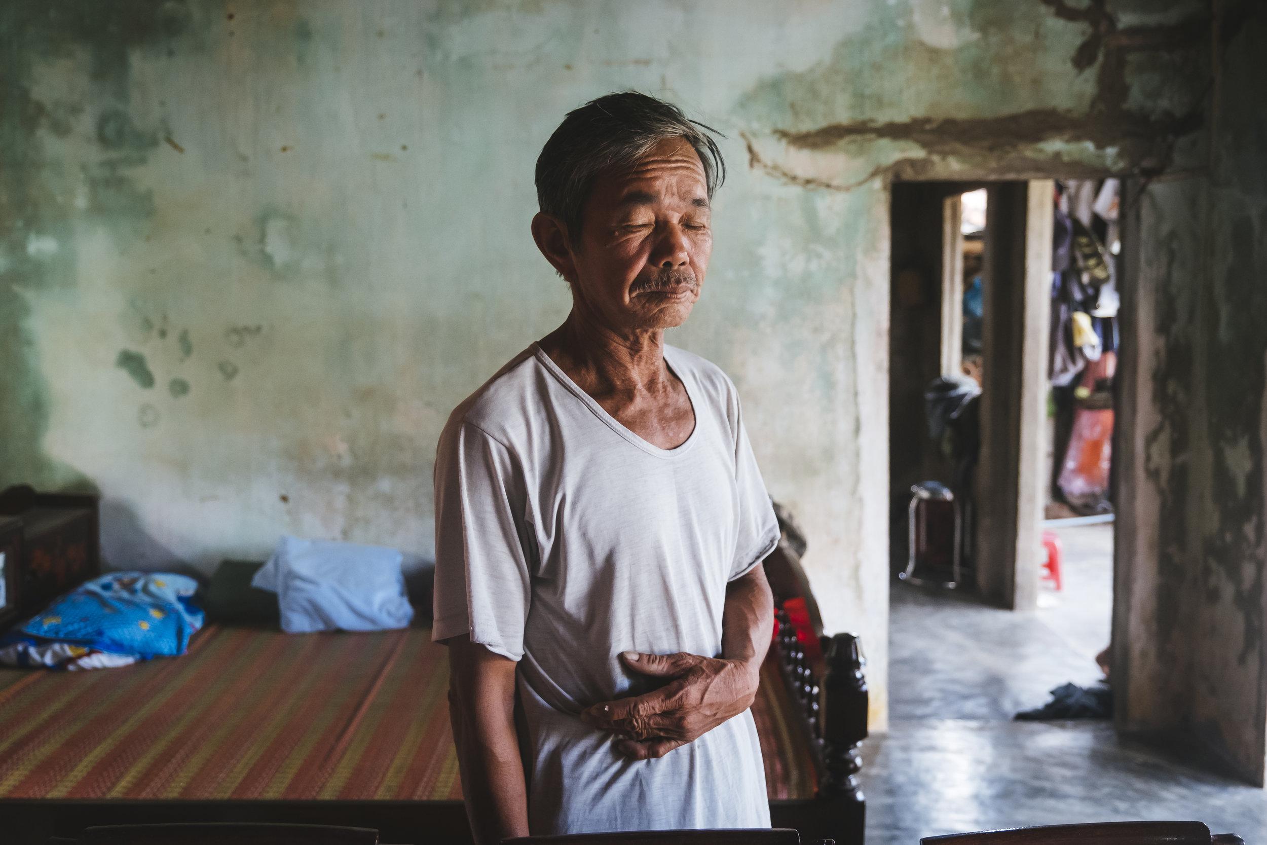 Vietnam-man-inside