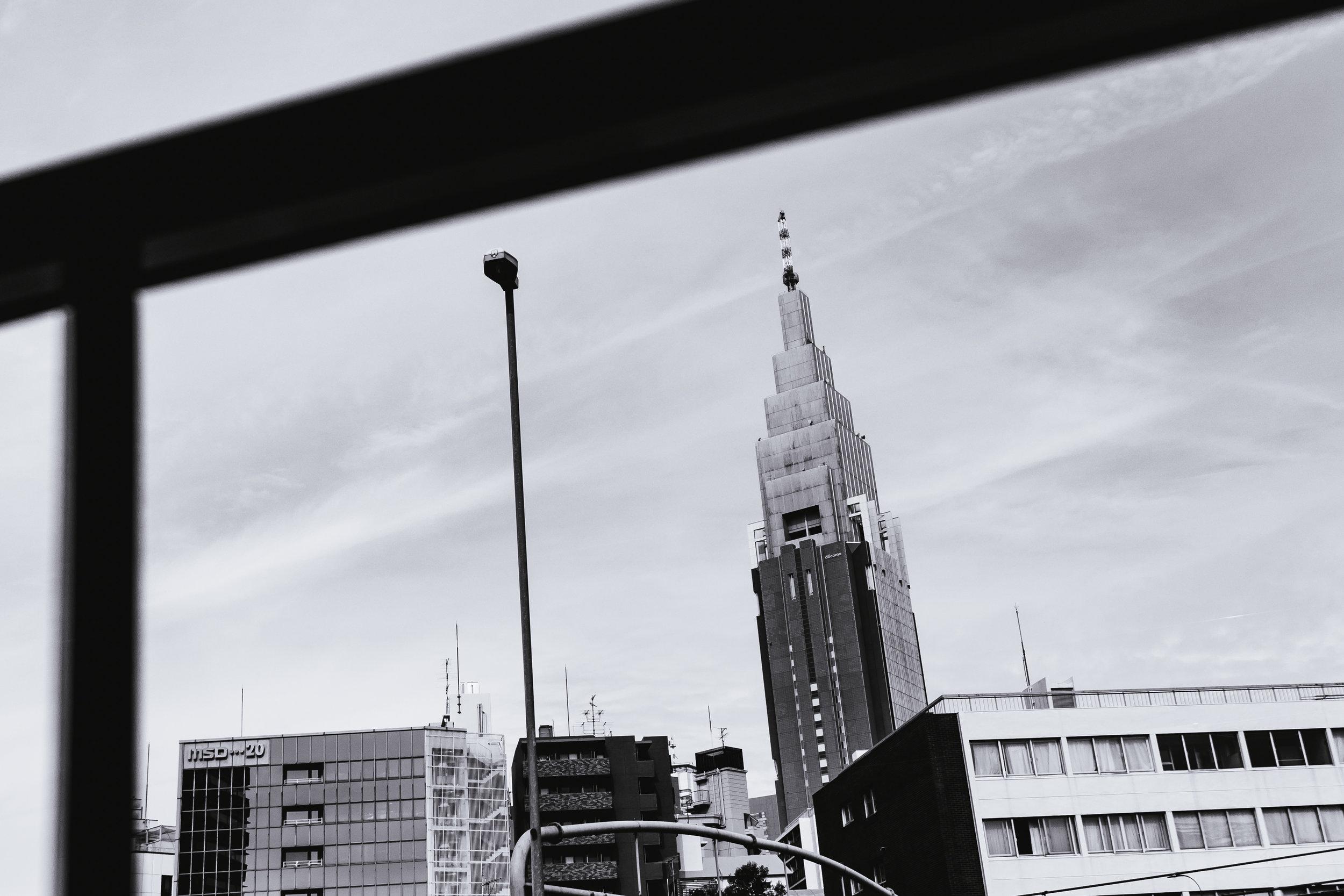 Tokyo-Docomo-Building-1.jpg