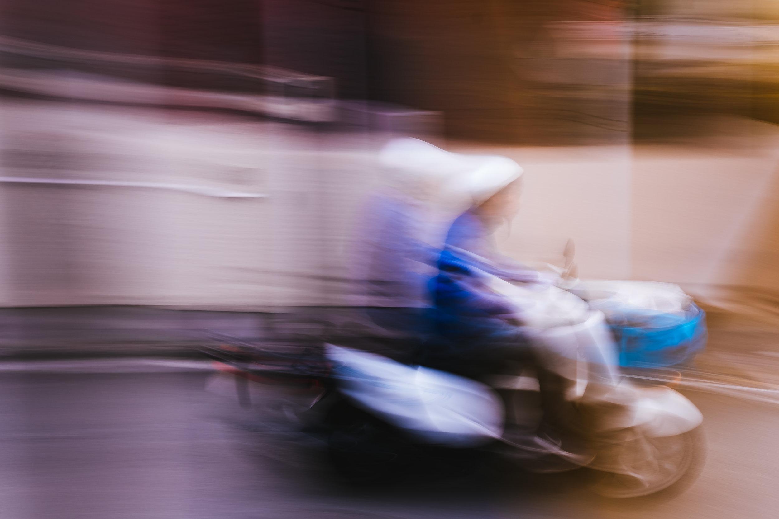 bike-blur.jpg