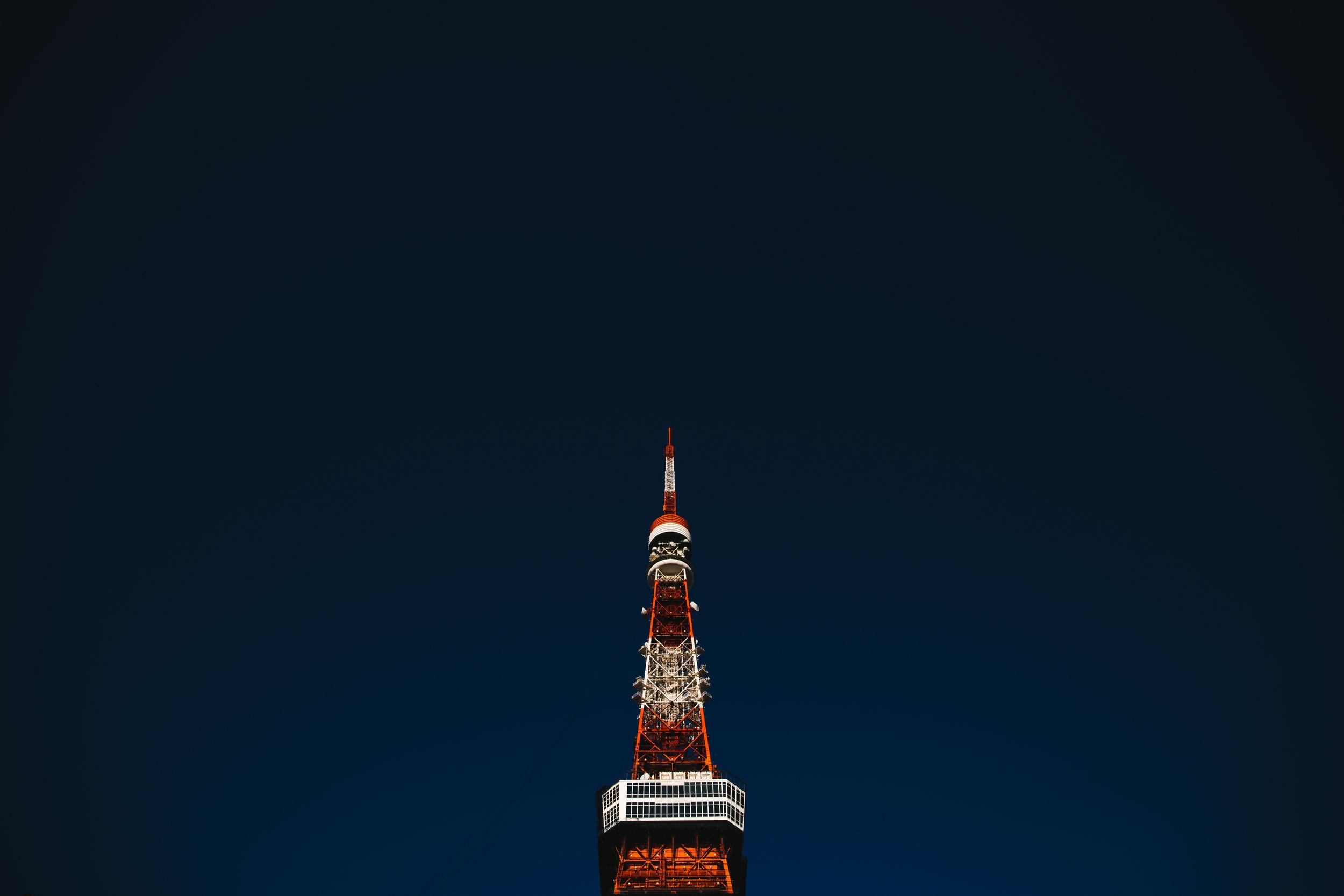 Tokyo-tower-minimal-1.jpg