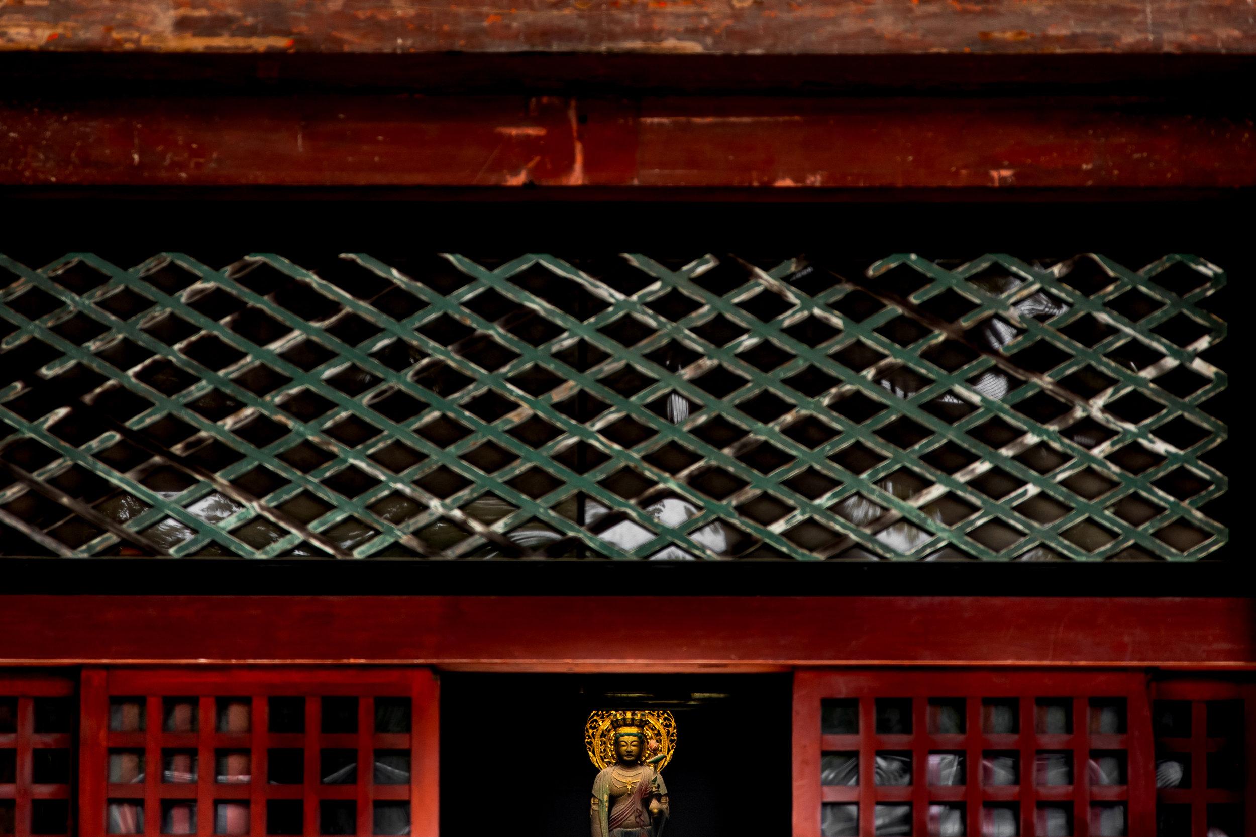 toji-temple-buddha.jpg