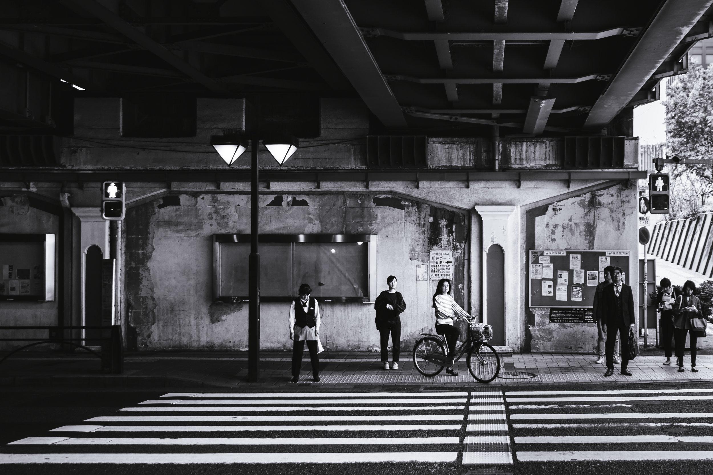nakano-street-crossing.jpg