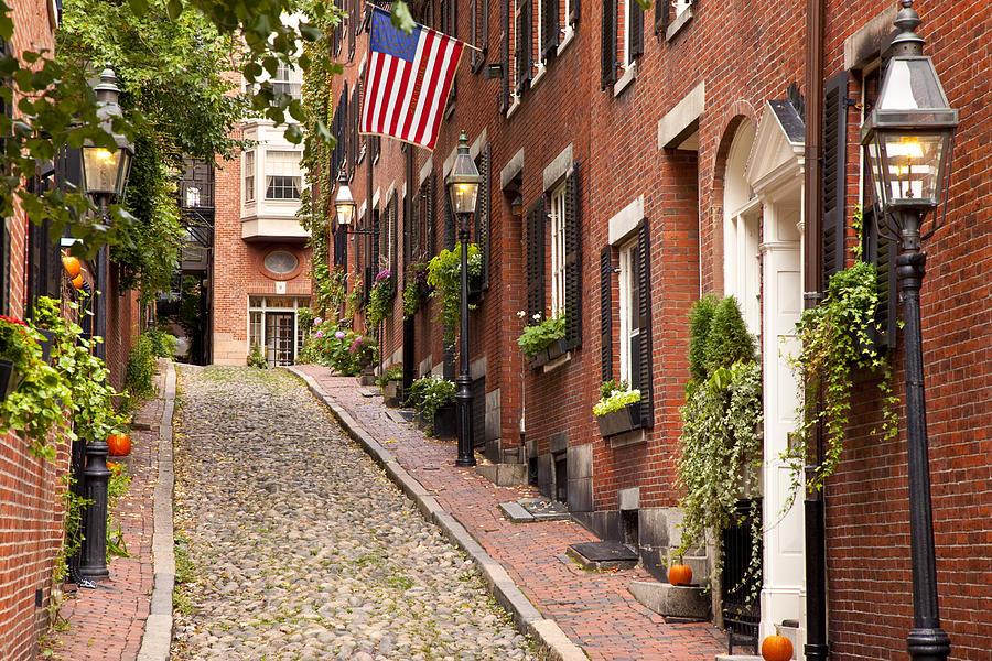 2-acorn-street-boston.jpg