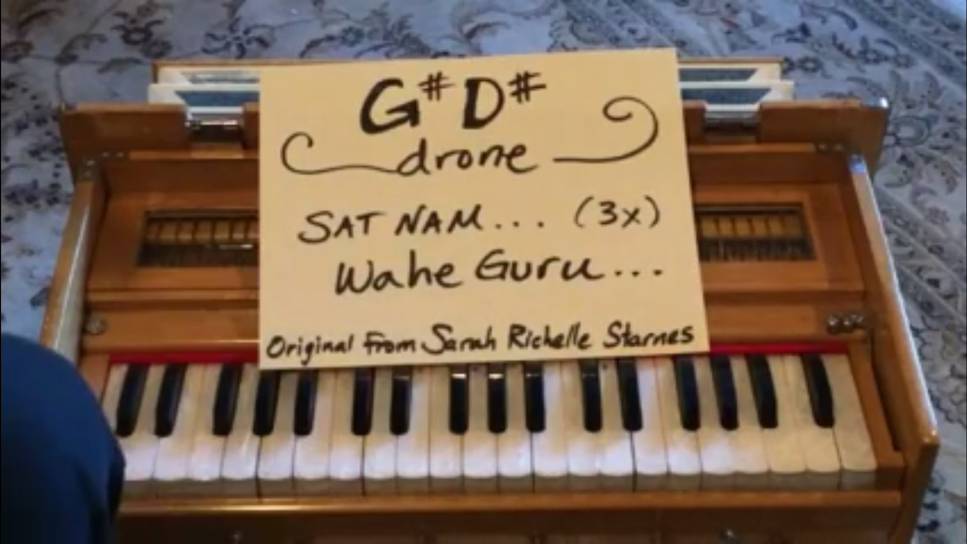 harmonium G#D#.jpg