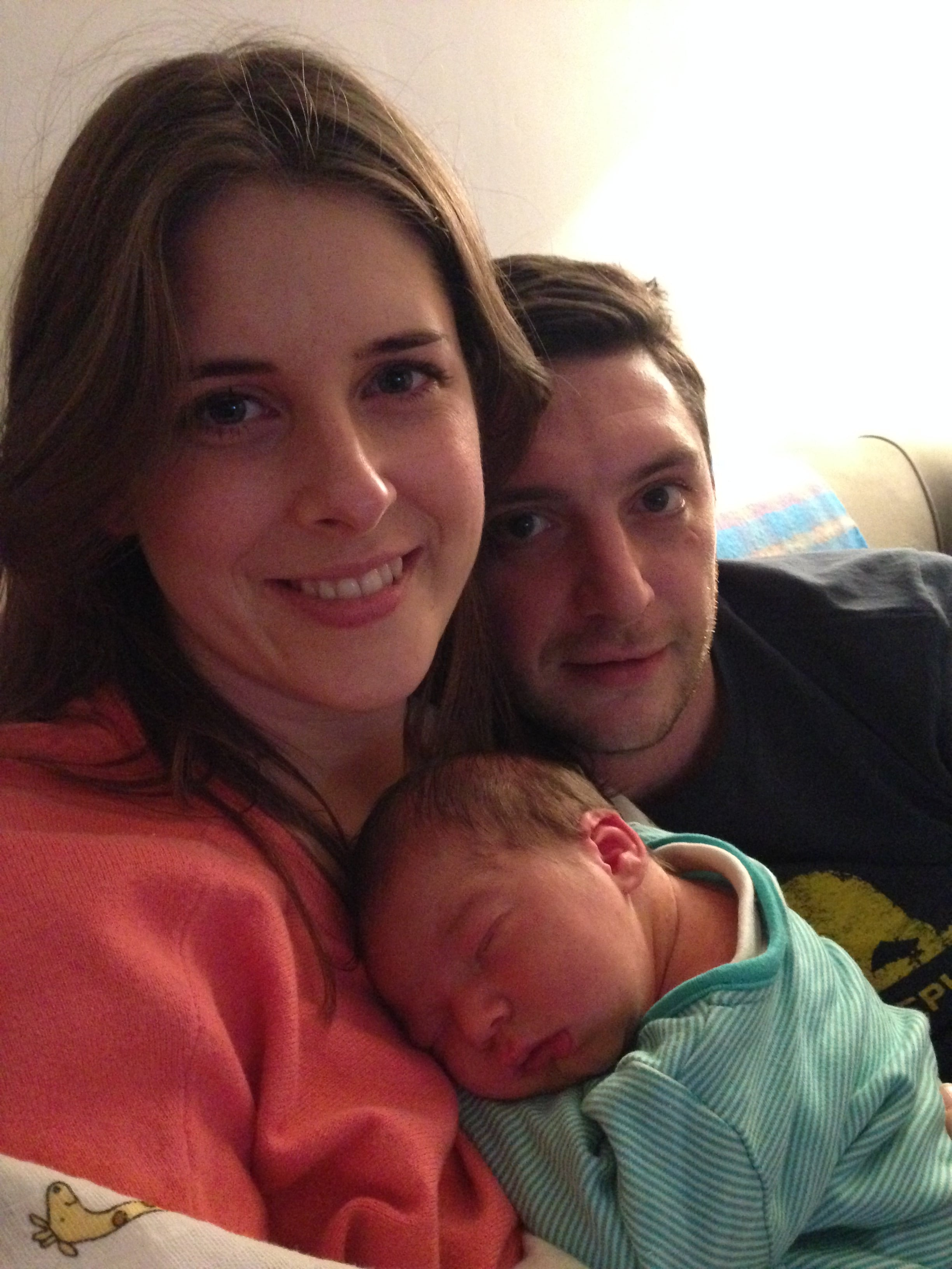 Family picture of newborn baby with Louise Grainger of good for mumma placenta remedies based in Manchester.