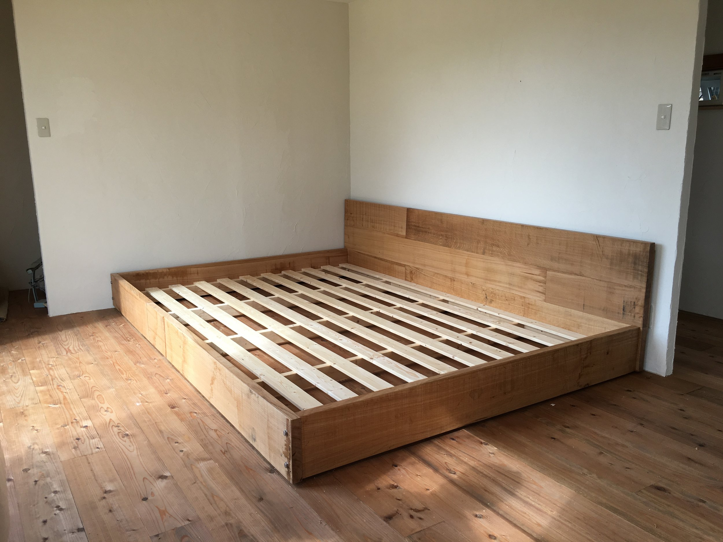 Takumi Woodwork - Oak Bedframe