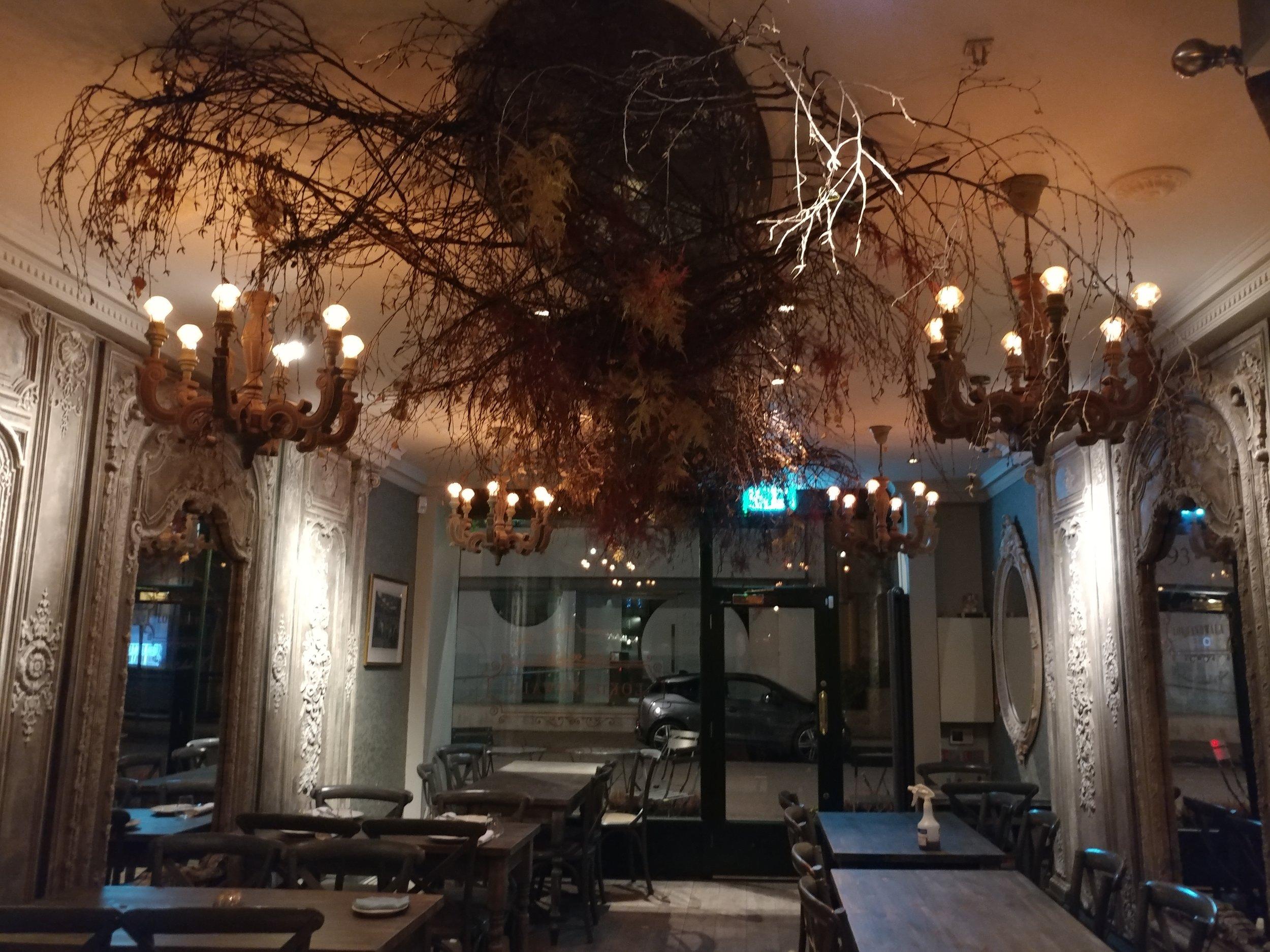 Lokhandwala fitzrovia restaurant design.jpg