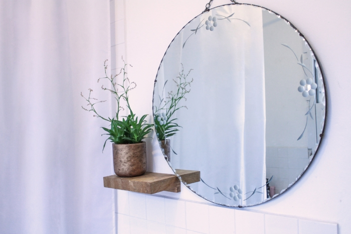 How to create a relaxing bathroom with the KonMari method.