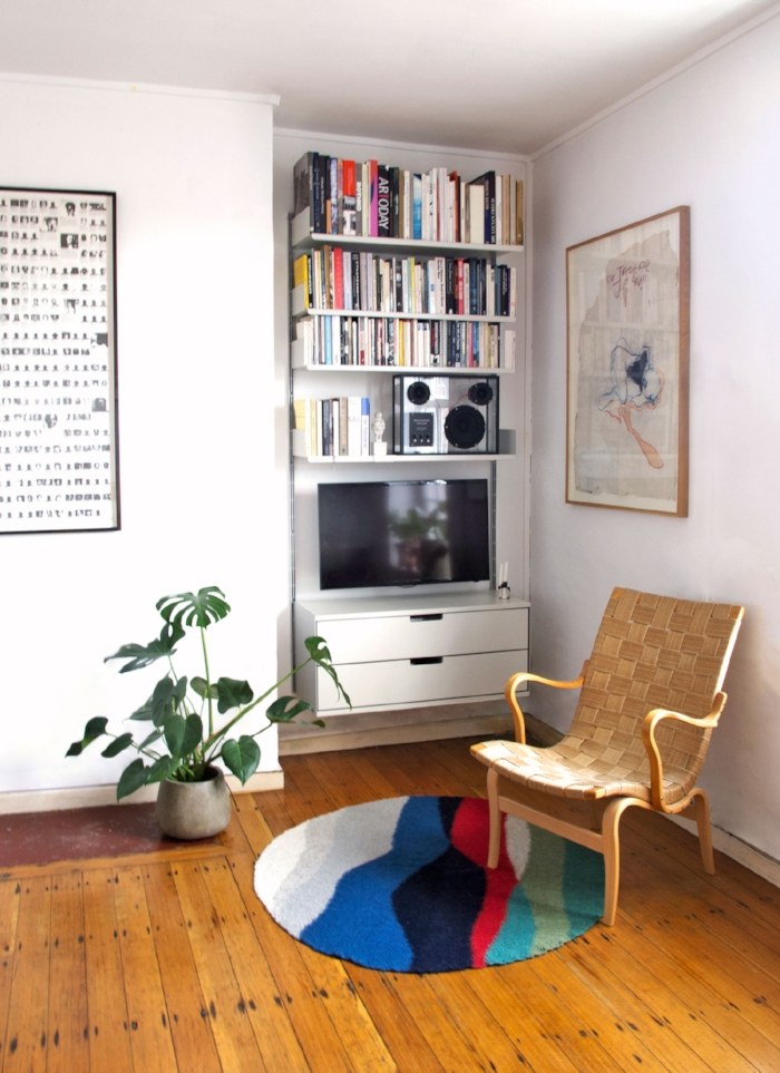 How to organise a living room with the KonMari method.