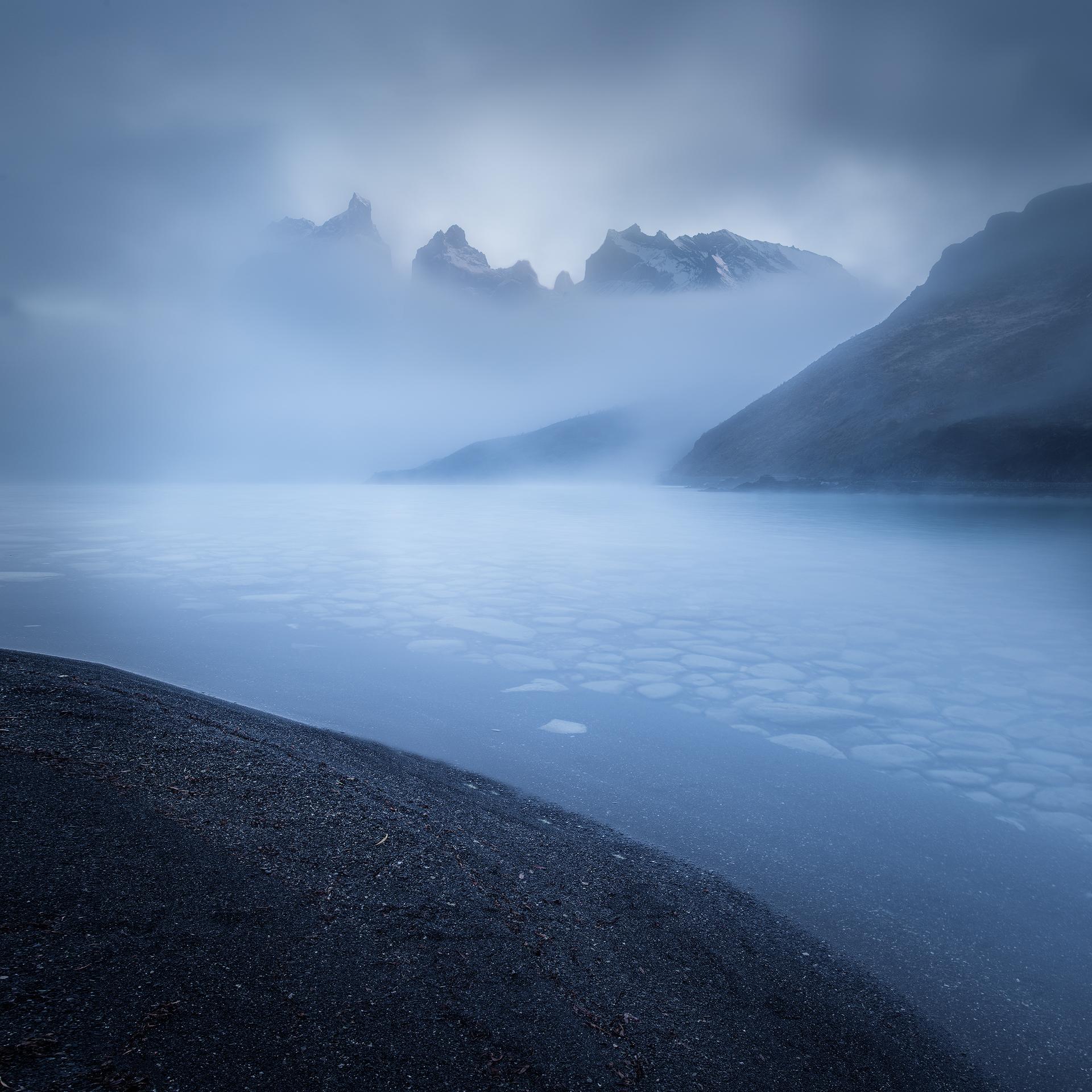 Cuernos - Lago Pehoe, Torres del Paine, Patagonia
