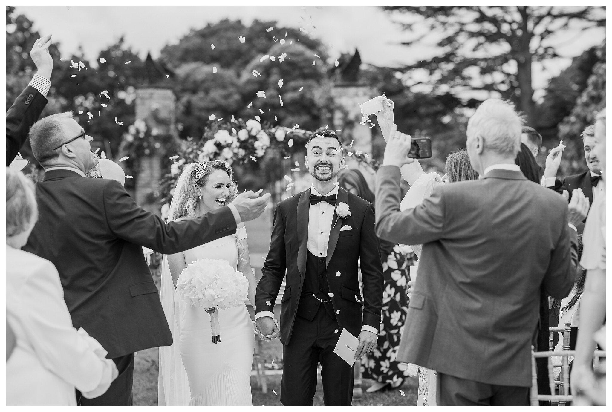 Suffolk wedding photographer_ Helmingham Hall wedding_ Essex wedding_ natural photographer_ documentary wedding wedding_ Norfolk wedding photography_ relaxed wedding photography_ sharon cudworth photographer_ Helmingham Hall gardens_0533.jpg