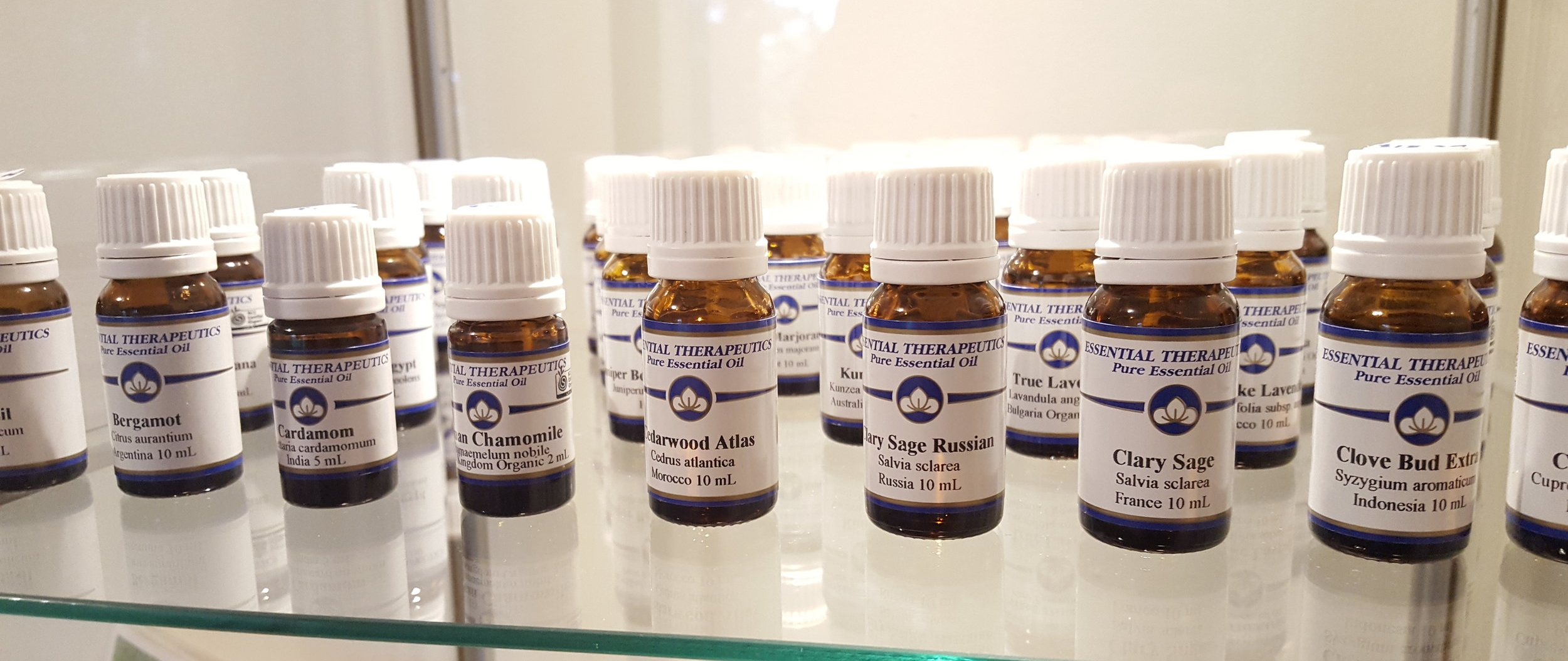 ESSENTIAL THERAPEUTICS ESSENTIAL OILS - AN AUSTRALIAN BRAND I USE AND SELL